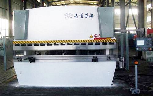 China WE67K-250T/3200 CNC Press Brake