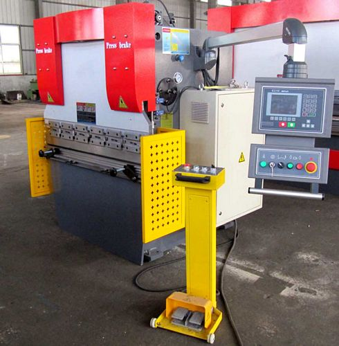 China WC67K-63/1300 CNC Hydraulic Press Brake