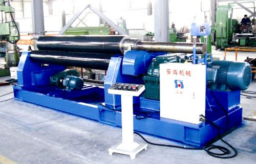 China TXW11-20x2000 Three Roller Symmetrical Plate Bending Machine