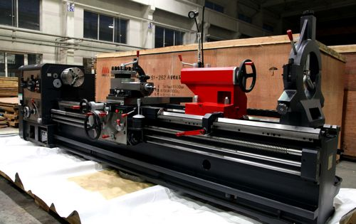 China CW62110B/8000 Gap Bed Lathe (New Design)